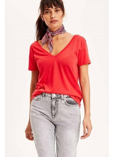 DeFacto V Yaka Basic T-shirt Kırmızı